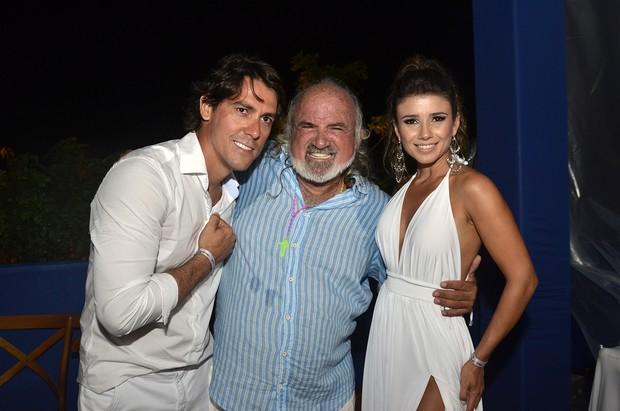 Paula Fernandes, Zé Maria e Henrique do Valle (Foto: Keila Castro / Divulgação)
