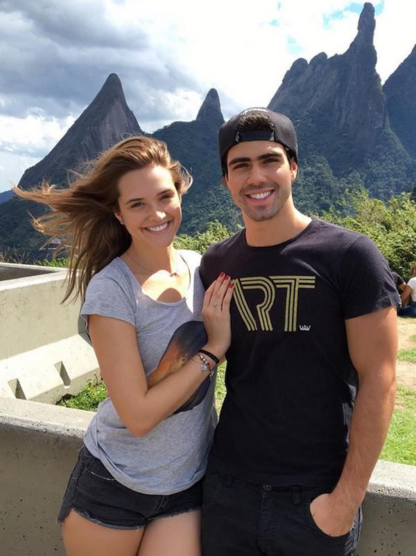 Juliana Paiva e Juliano Laham (Foto: Reprodução / Instagram)