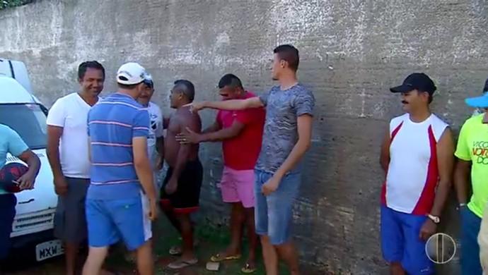 ABC - Cleiton, zagueiro - amigos (Foto: Reprodução/Inter TV Cabugi)
