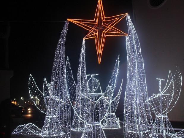 Decoração possui mais de 30 mil lâmpadas (Foto: Ellyo Teixeira/G1)
