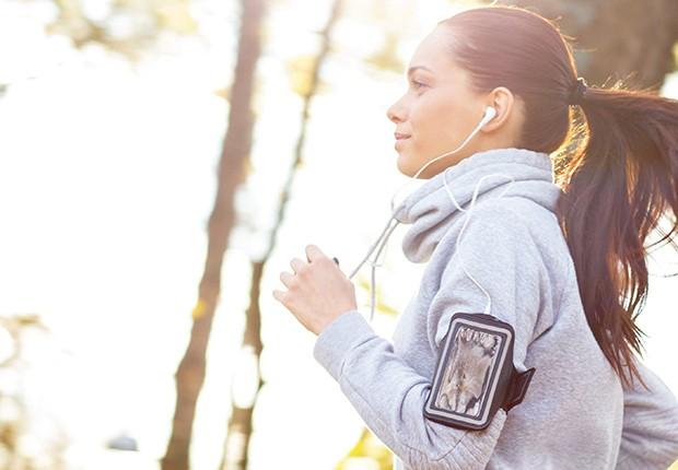 Coloque a tecnologia a seu favor para que a única correria do seu dia seja nos momentos de lazer (Foto: Thinkstock)