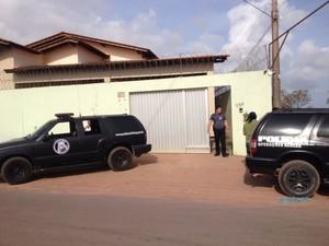 Fachada da casa de empresário no Amapá (Foto: Dyepeson Martins/G1)