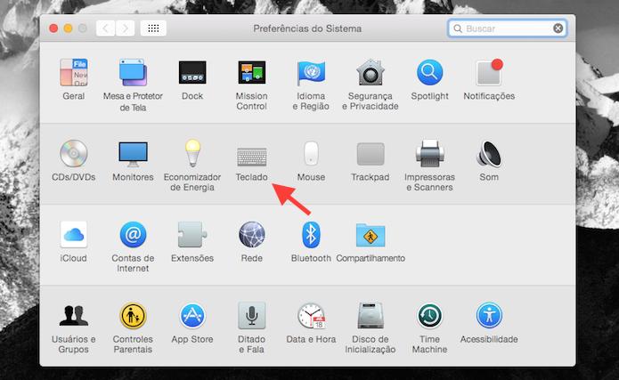Acessando as configurações de teclado do Mac OS X (Foto: Reprodução/Marvin Costa)