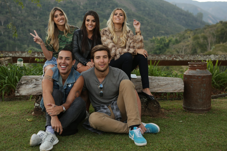Da esquerda para a direita:  Lu D'Angelo, Taci Favato e Dandynha Barbosa; Bruno Maffei e Danyel Marinho (Foto: E! Entertainment Television)