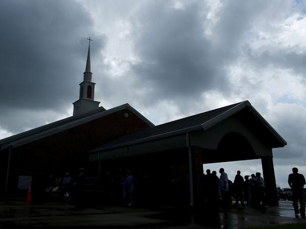 Área externa da Igreja Batista de Bell Grove, em Indianola, onde acontece neste sábado (30) o funeral de B.B. King (Foto: Mike Blake/Reuters)