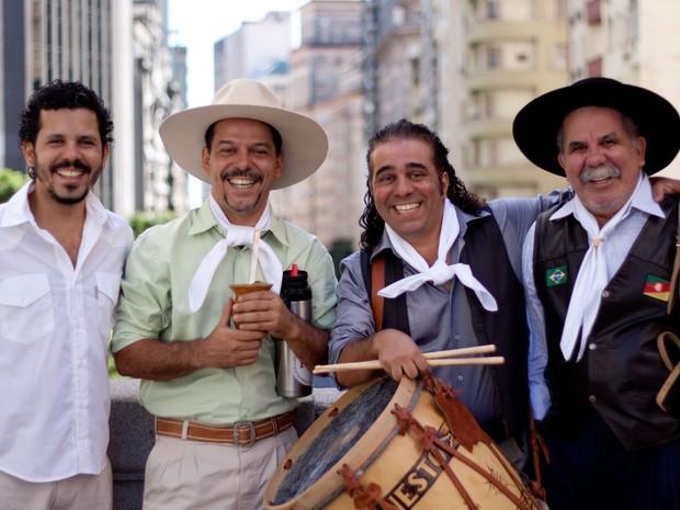 Os Fagundes tocam suas origens no sábado (Foto: Divulgação Natal Luz)