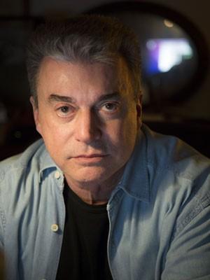 O jornalista e escritor Edney Silvestre (Foto: Leo Aversa/Divulgação/Intrínseca)