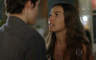 Luciana conta para Rodrigo sobre a chantagem de Ciça