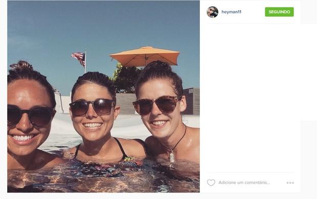 Australianas relaxam em Miami depois do Mundial