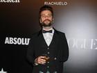 Bruno Gagliasso usa saia em baile: 'A moda é livre, ser humano que não é'