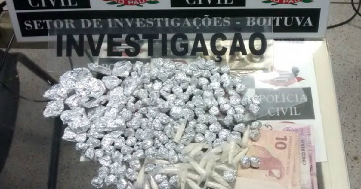 Mulher é presa com mais de 200 porções de drogas em Boituva - Globo.com