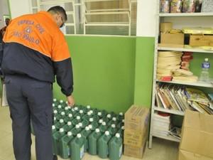 Materiais de limpeza também estão sendo arrecadados (Foto: Prefeitura de Jarinu/Divulgação)