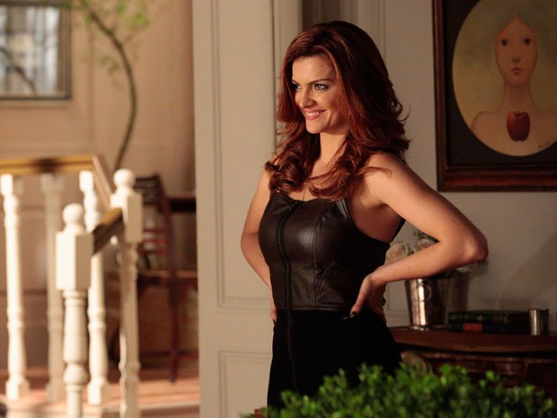 Elisa faz surpresa para Rodrigo e muda visual (Foto: Amor Eterno Amor/TV Globo)