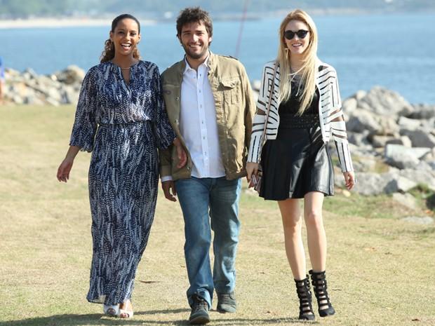 Isabelle, Taís e Carrão: o que será que esse trio vai aprontar em cena? (Foto: Geração Brasil/ Carol Caminha)