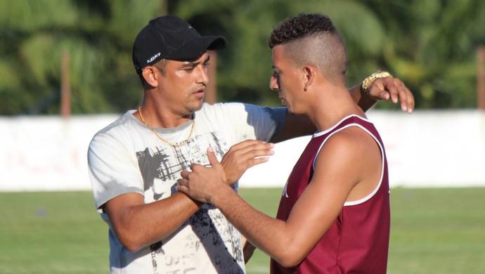 América-RN - Lúcio Curió se despede dos jogadores (Foto: Diego Simonetti/Blog do Major)