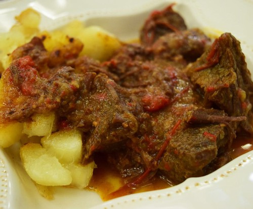 'Ogroulash', o Goulash com Mandioca Dourada do Jimmy