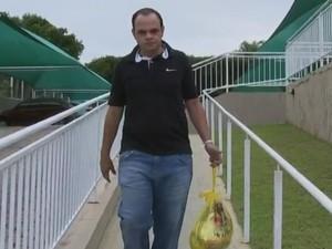 Rafael Sabes não sabe o que fazer diante da paralisação (Foto: Reprodução/ TV TEM)