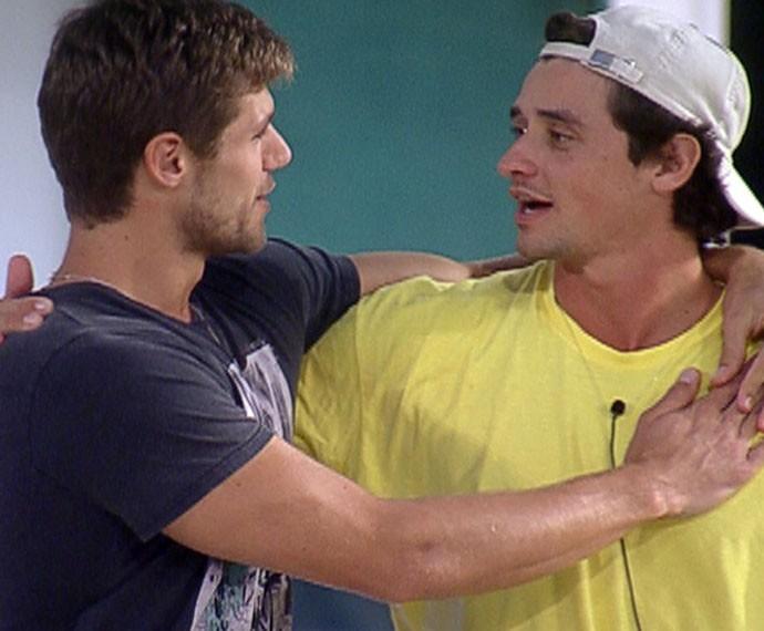 Jonas e Fael continuam amigos até hoje  (Foto: TV Globo)