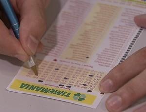 Timemania bilhete aposta (Foto: Reprodução SporTV)