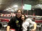 Filho de Michael Jackson posa com a namorada em corrida de kart