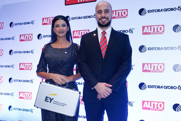 Kelly Carneiro e Ernesto Rancan, da EYa (Foto: Ricardo Cardoso)