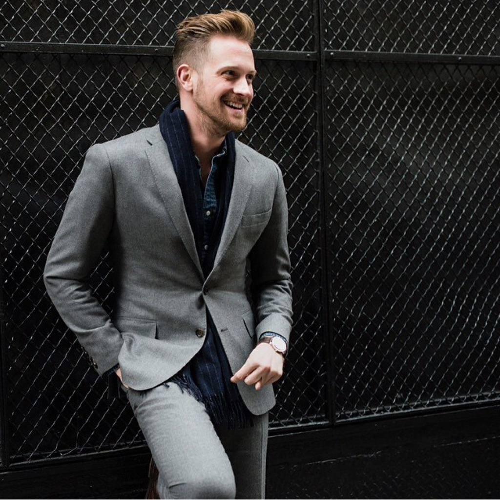 Alejandro Rhett, que ocupava a vice-presidência de moda masculina da J.Crew, em foto postada no seu Facebook (Foto: Reprodução / Facebook)