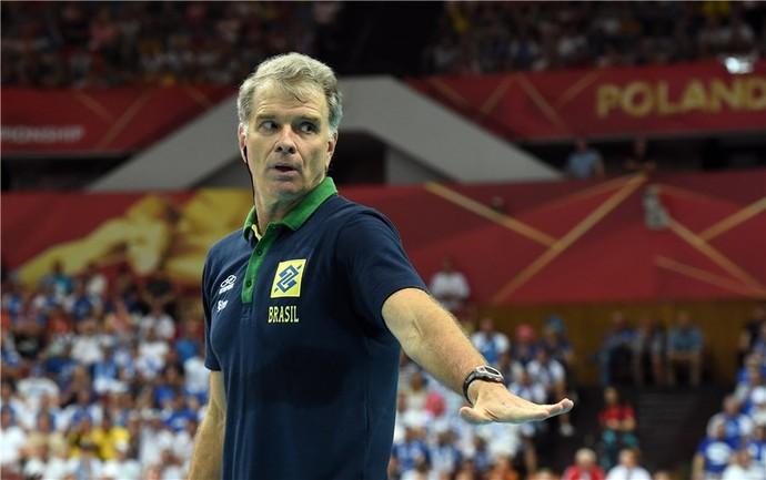 Brasil x Finlândia Mundial vôlei Bernardinho (Foto: Divulgação/FIBV)