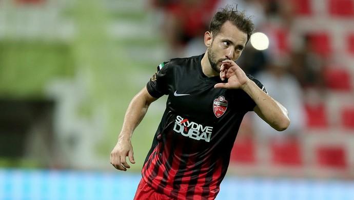 Everton Ribeiro, Al Ahli x Hatta (Foto: Twitter / @AlAhliClub)