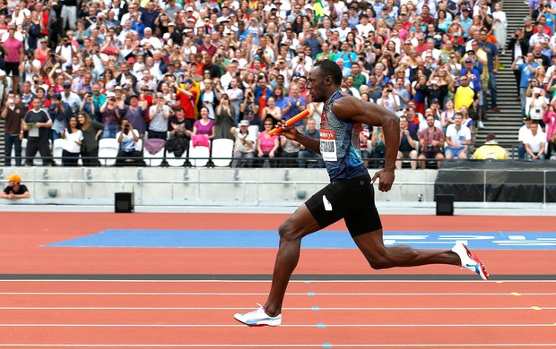 Bolt atletismo revezamento Londres (Foto: Reuters)