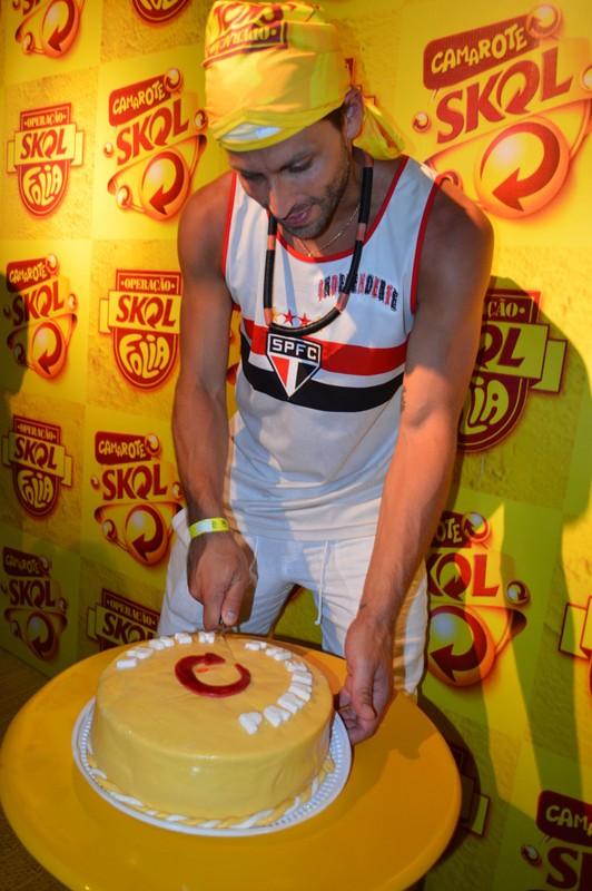 Henri Castelli e affair em Salvador (Foto: Felipe Souto Maior/AgNews)