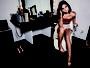 Bruna Marquezine posa sensual para ensaio de revista
