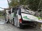 Família defende motorista de ônibus que capotou na Mogi-Bertioga