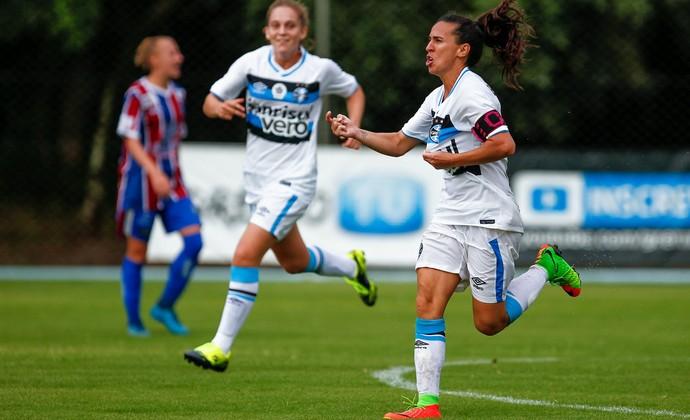 Grêmio vence Vitória-PE por 1 a 0 na estreia no Brasileiro Feminino d1b33e35d3620