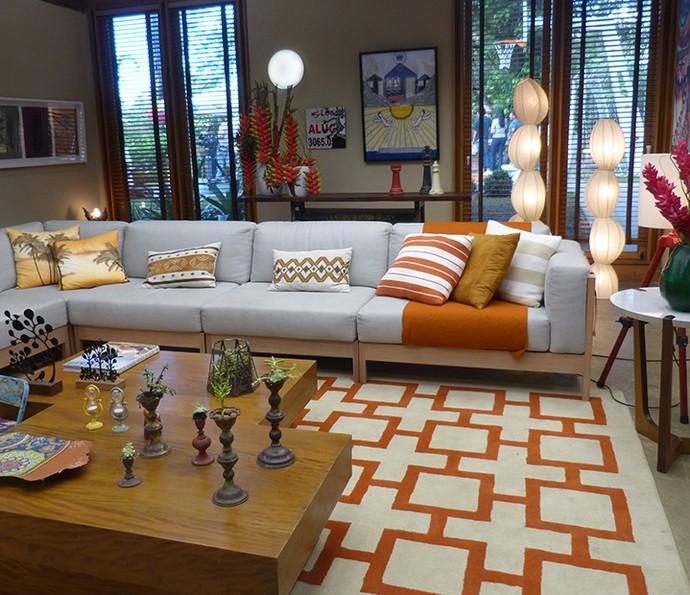 Tapetes tornam o ambiente aconchegante e podem ser utilizados em várias cores e formatos (Foto: Monique Arruda / Gshow)