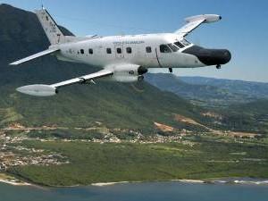 Avião P-95 Bandeirante Patrulha faz parte da busca aérea à aeronave desaparecida no Pará (Foto: Divulgação/FAB)