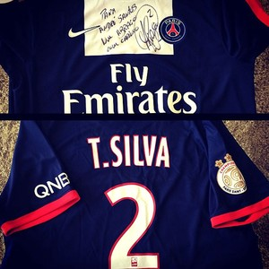 André Santos recebe camisa de Thiago Silva e agradece (Foto  Reprodução    Instagram) e919c074ae39e