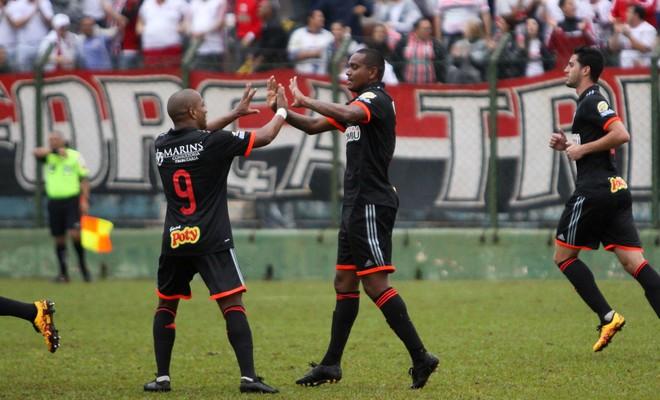Serginho Isac Botafogo-SP Sertãozinho (Foto: Rogério Moroti / Agência Botafogo)