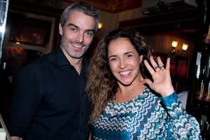 Daniela Mercury com o marido Marco Scabia (Foto: Marcos Ribas/ Foto Rio News)