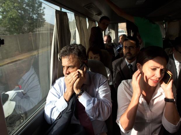 Senadores decidem voltar ao Brasil após protesto em Caracas (Foto: Ariana Cubillos/AP Photo)