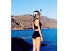 Rihanna exibe pernões durante ensaio feito na Grécia