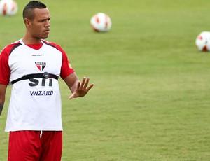 luis fabiano são paulo treino (Foto: Roberto Vazquez)