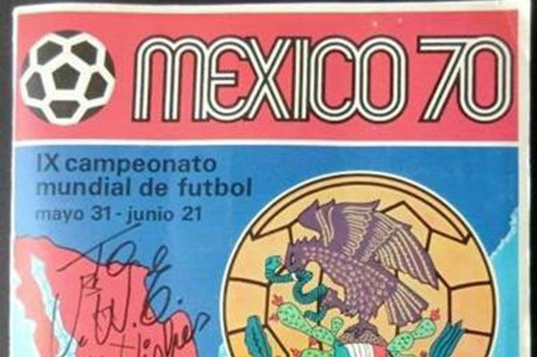 Álbum da Copa de 1970 leiloado por 40 mil reais (Foto: Reprodução)