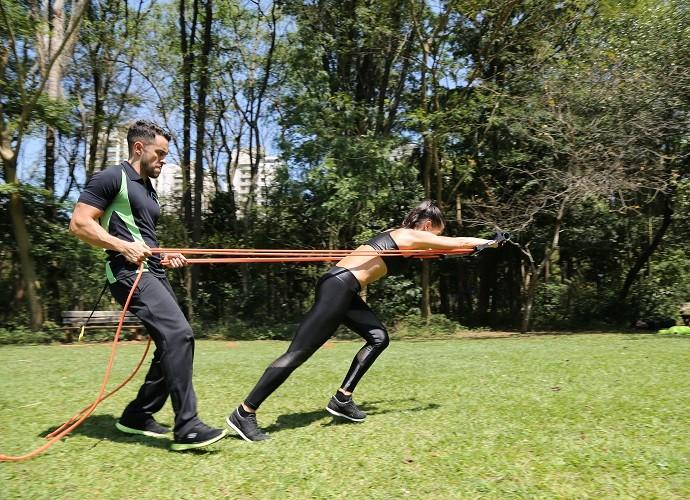 Mylla segue o treino do personal Rodrigo Maradona (Foto: Carol Caminha/Gshow)