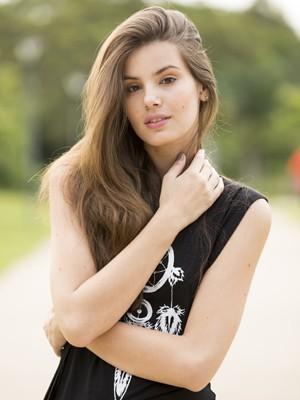 Camila Queiroz trabalhou em 15 países como modelo (Foto: Felipe Monteiro/ Gshow)