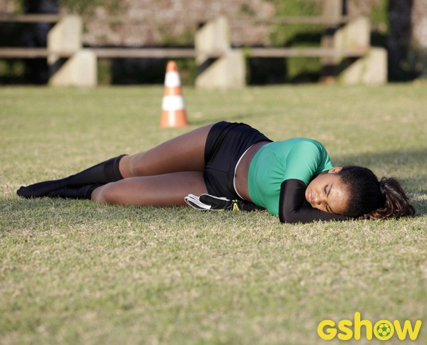 Carol Agnelo é clicada em momento de descanso entre os jogos (Foto: Raphael Dias/TV Globo)