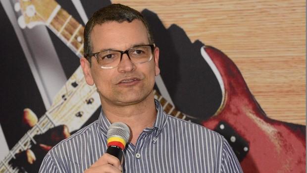Diretor João Gomes diz que especial 'é para agradecer' (Div./Eli Cruz)