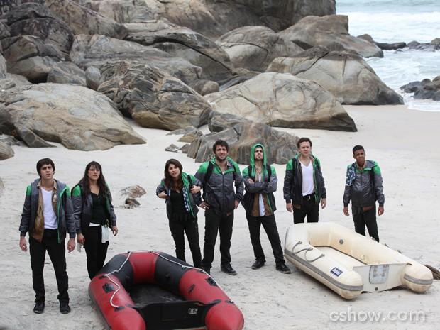 Candidatos chegam à praia para mais um desafio! (Foto: Carol Caminha/TV Globo)