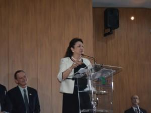Ministra da Agricultura Kátia Abreu discursa na Embrapa em Campinas (SP) (Foto: Marina Ortiz/ G1)