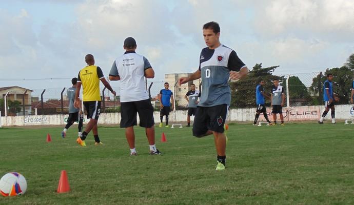 Doda, meio-campista do Botafogo-PB (Foto: Divulgação / Botafogo-PB)