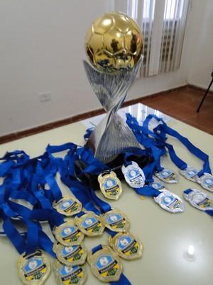 Troféu do Rondoniense Sub-20 (Foto: Reprodução/FFER)